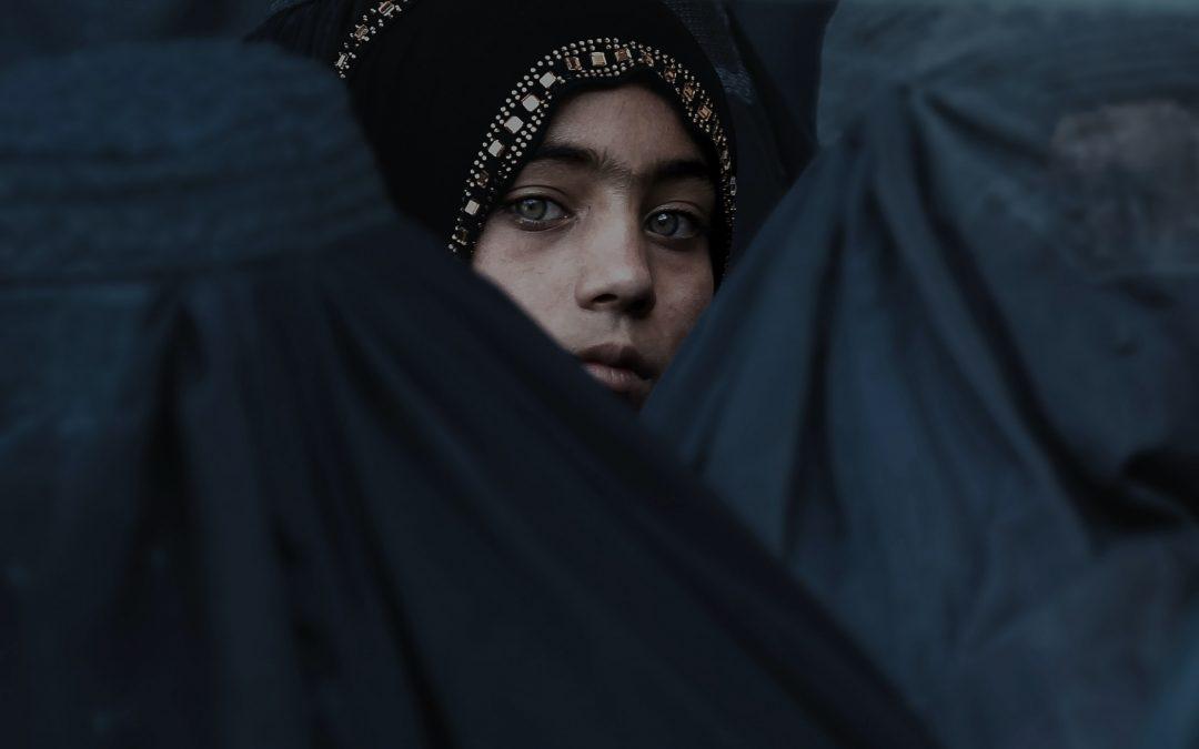 Femmes et filles d'Afghanistan, nous ne nous tairons pas !